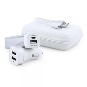 Zestaw podróżny, power bank 2600 mAh i ładowarka samochodowa USB